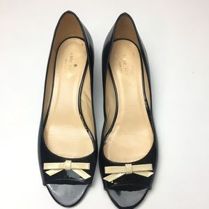 ♠️ Kate Spade ♠️ patent leather bow wedge sz 8.5